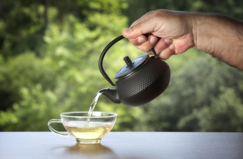 does white tea have caffeine